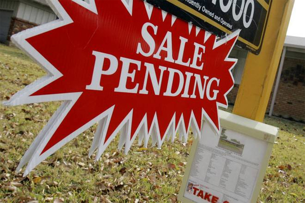 What does it really mean when you see a pending sign attached to a Gulf Shores homes for sale listing?